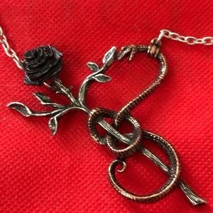 ALCHEMY Gothic Pendant 'A Rose For Eve'
